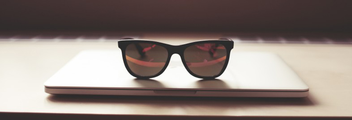 sunglasses-macbook-786x305.jpg